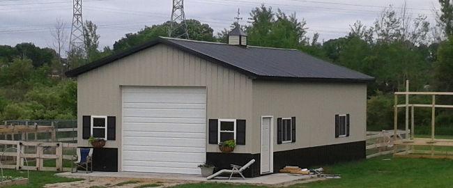 Gallery cno pole barns crane service for Custom pole barn homes